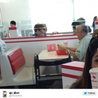 Imagem de idoso lanchando acompanhado de foto viraliza