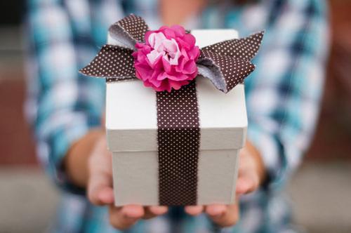 Onde comprar presentes para namorado cristão