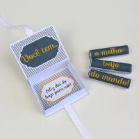 DIY: Caixinha com Batons para o Dia do Beijo (ou não)