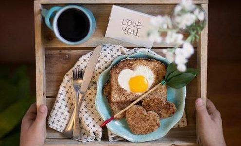Café da manhã surpresa no Dia dos Namorados