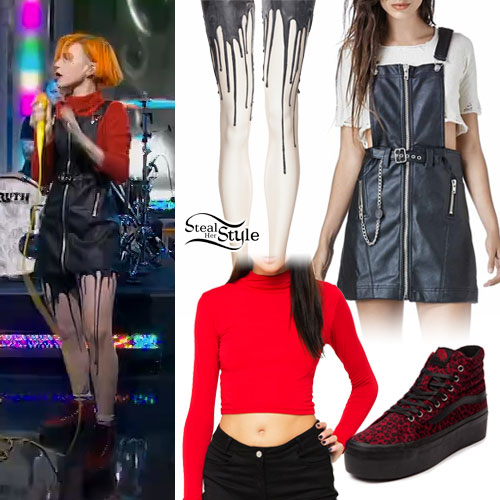 hayley-williams-leather-jumper-outfit