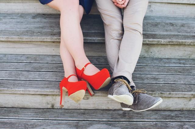 Namorada criativa ajuda amiga solteira a encontrar o seu par!