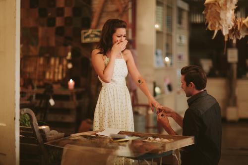 Posso pedir meu namorado em casamento? [Conselho entre amigas]